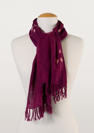 Delicate flowers ornament this luxe mauve 100% cotton scarf. Batik has never been so pretty!
