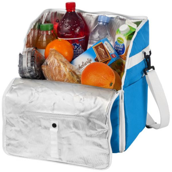 Ruime koeltas. Hoofdvak met handige lusvormige ritssluiting voor makkelijk inpakken. #Picknick #Koeltas