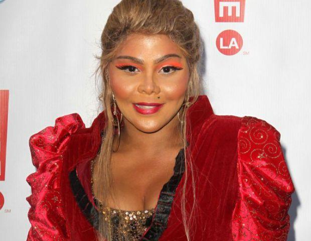 Lil Kim 9 Gallery Template Lil Kim Plastic Surgery #LilKimPlasticSurgery #LilKim #celebritypost