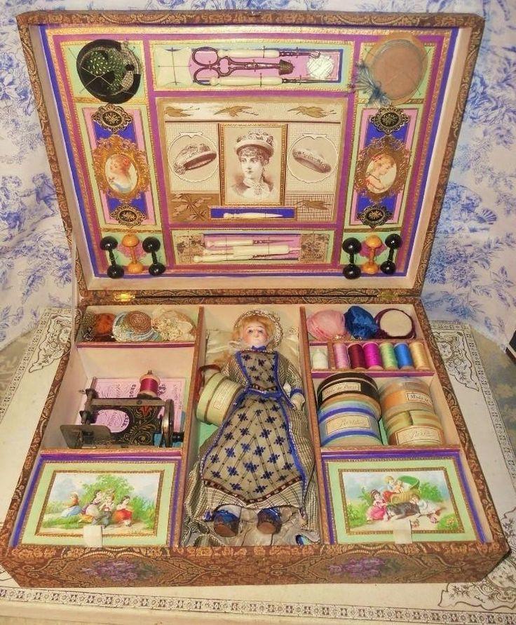 ~~~ Wonderful French Sewing Arrangement in original Presentation Box ~~~