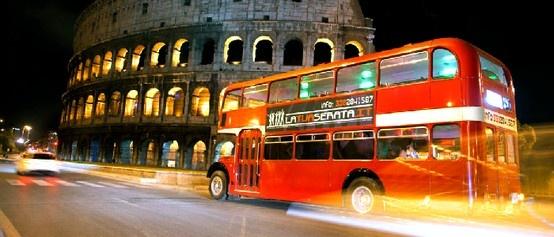 """Hoy os proponemos un fin de semana inolvidable en #Roma a bordo del #""""bus party"""". Es el plan perfecto para una #despedida de solter@ ¡memorable!"""