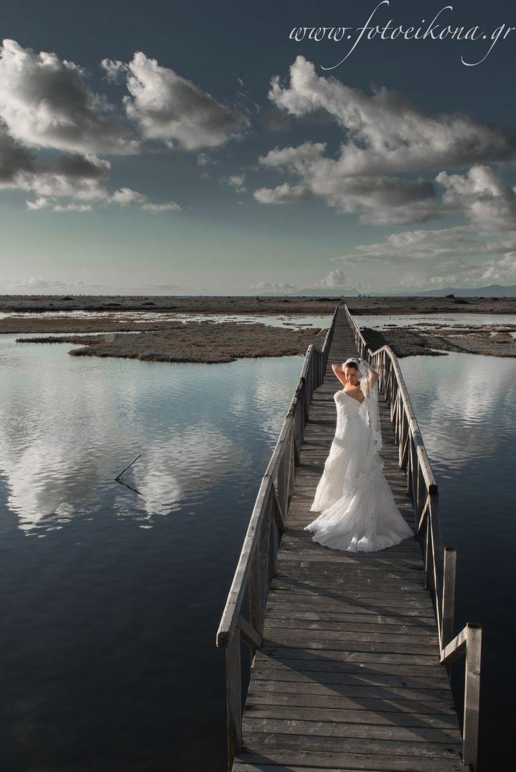 Marvelous wedding photography #bridge #Lefkas #Ionian #Greece #wedding #weddingdestination Eikona Lefkada Stavraka Kritikos