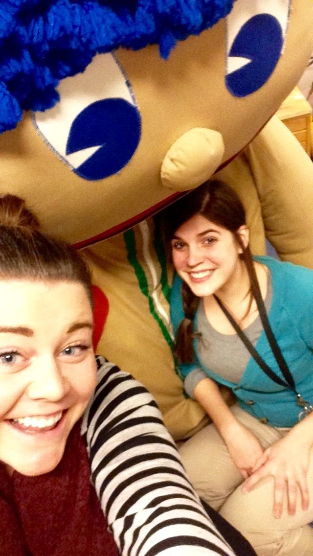 Programs Coordinator Kay and Guided Learning Specialist Laura snapped this #ScienceSelfie with Stuffee.