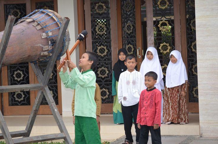Main bedug menyambut bulan suci Ramadhan