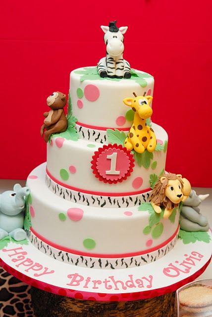 Girly Safari birthday party - thinking of this theme for Alexis first birthday