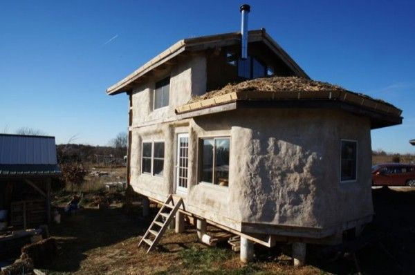 500 sq ft timber frame straw bale tiny house 001 600x398   Timber Frame Straw Bale Tiny House For Sale