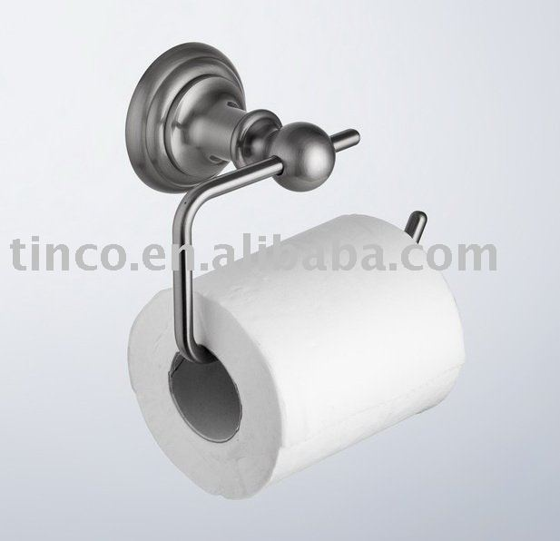 Plans for a miniature toilet paper roll holder made with a paper clp - perfect for my dollhouse bathroom | My mini world