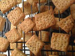 How to Make Your Own Crackers - Different flavors of Homemade Cracker Recipes