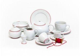 Vyšívaný porcelán | Deník Dity P.