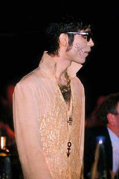 Classic Prince | 1995 The Gold Experience - Rare photo from that era - could be from the British Music Awards.