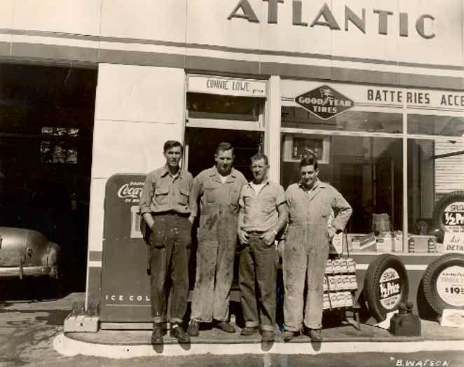 687 best The Old Filling Station images on Pinterest | Gas pumps ...