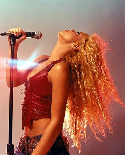 88 best images about My Idol (Shakira) on Pinterest | Waka ...