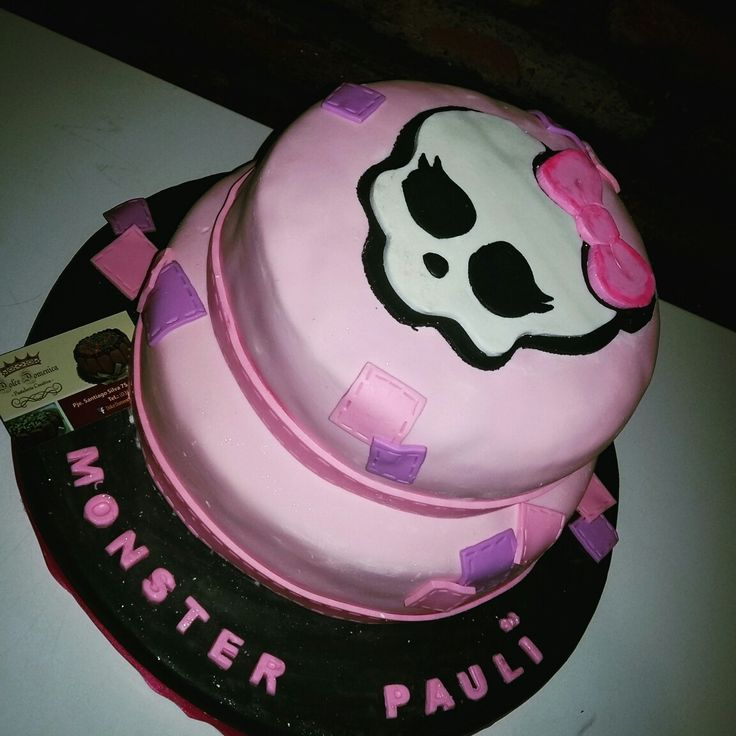 Dolce Domenica de Monster High  https://m.facebook.com/Dolce-Domenica-Pasteleria-Creativa-Eventos-1592838077601579