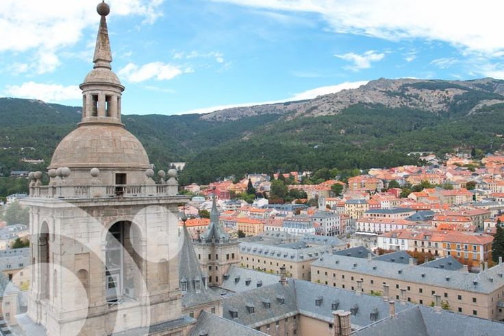 San Lorenzo de El Escorial is a lovely town near Madrid, in were the famous monastery is.
