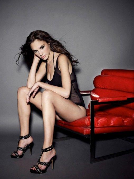 14 bästa bilderna om Gal Gadot på Pinterest   Sexy, Wonder ...