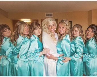 Embroidered Bridesmaid and Bride Robes with por WeddingPrepGals