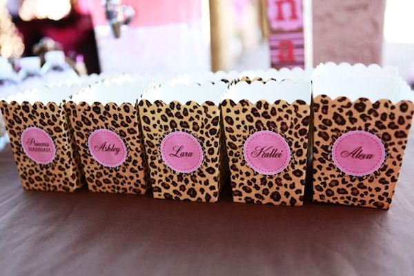 Hand out popcorn in these personalized boxes. #Jerseylicious #FinaleParty #Inspiration
