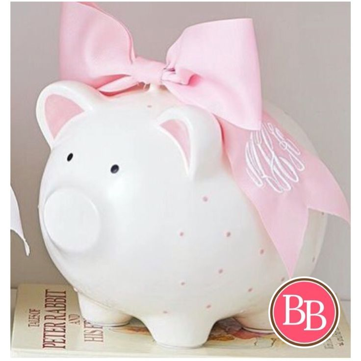 Perfect shower gift for new baby! Our NEW Pink Piggy Bank with Monogram Bow by Mud Pie is now LIVE at brandisboutiqueshop.co! #BBKids #piggybank #mudpie