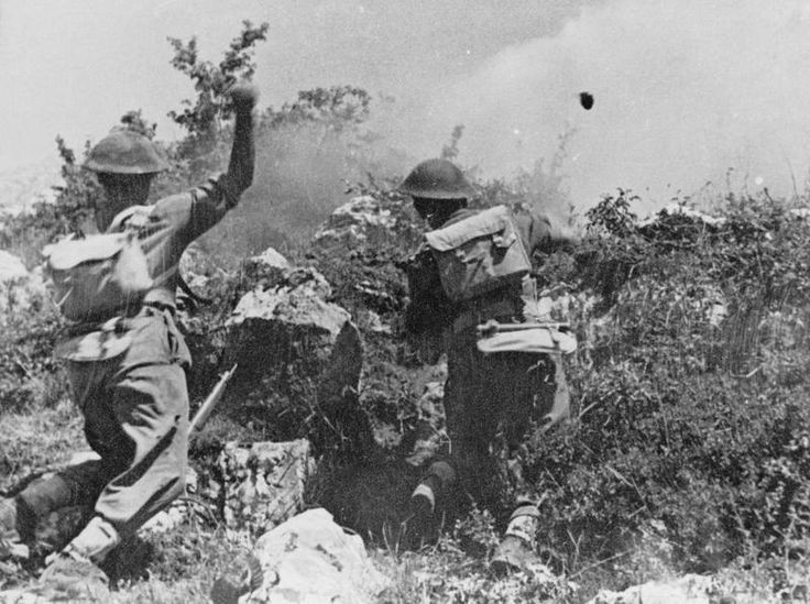 Battle Monte Cassino January - May 1944 (MH 1984) Troops of the 2nd Polish Corps throwing grenades at the enemy during heavy fighting around Monte Cassino.
