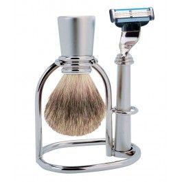 Incurajeaza-l sa fie chipes chioar si in vacanta cu set barbierit cromat, Iann, un cadou practic pentru barbati de Sf. Maria