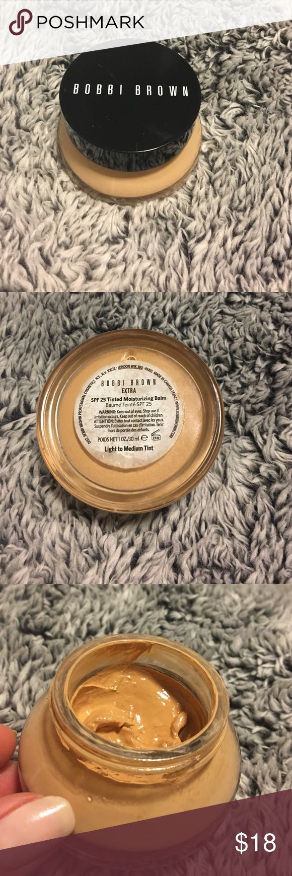 Bobbi brown spf 25 tinted moisturizing balm A lightweight foundation alternative for dry, dehydrated skin, this formula is ultra-rich and blends easily, giving skin a dewy look with light coverage. 1 oz./30ml.  80% full ! Bobbi Brown Other