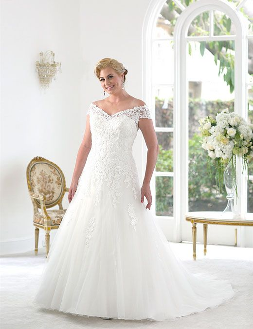 18 best Wedding and Maid Dresses images on Pinterest | Wedding ...