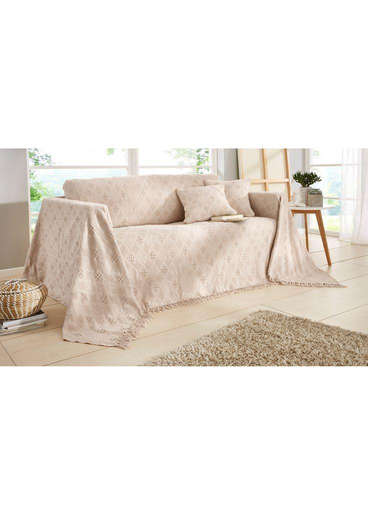 Jetzt anschauen: Tagesdecke in modernen aber wohnlichen Farben und mit toller Rauten Struktur. Sowohl als Tagesdecke für das Bett, als auch als Sessel- oder Sofaüberwurf erhältlich. Mit Fransenabschluss an 2Seiten. Bestellen Sie unter Gr.7die passenden Kissenhüllen im 2er-Pack direkt mit.