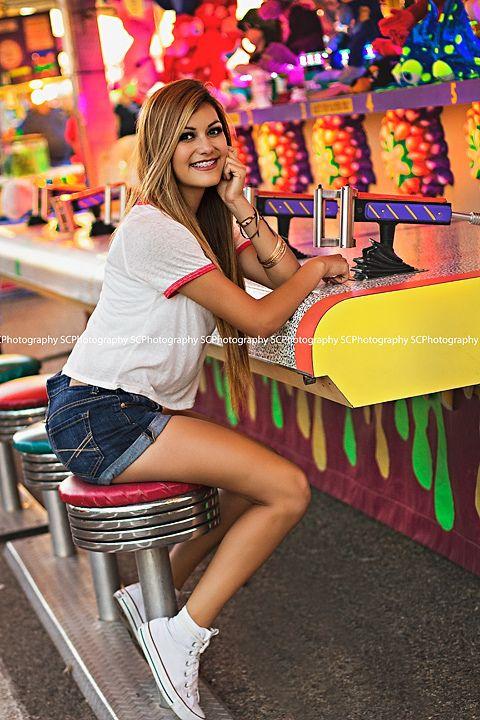 Fun at he fair! #seniors #carnival #fair #2015 #rep