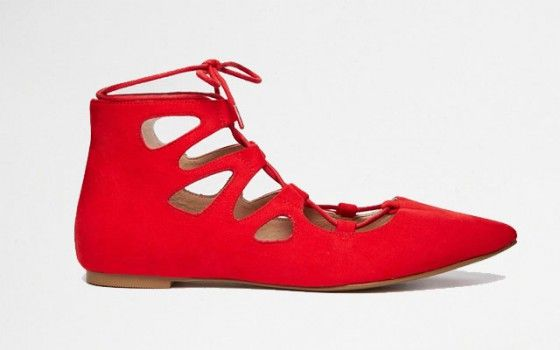 Rode Ballerina's lace up