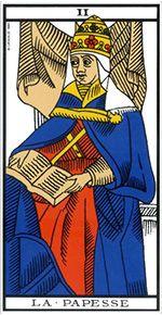 La Papesse, figure de la mère dans le tarot divinatoire.
