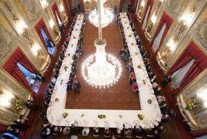 http://duespaghetti.com/2011/06/02/pollo-alla-griglia-e-insalata-di-rucola-e-pomodorini/