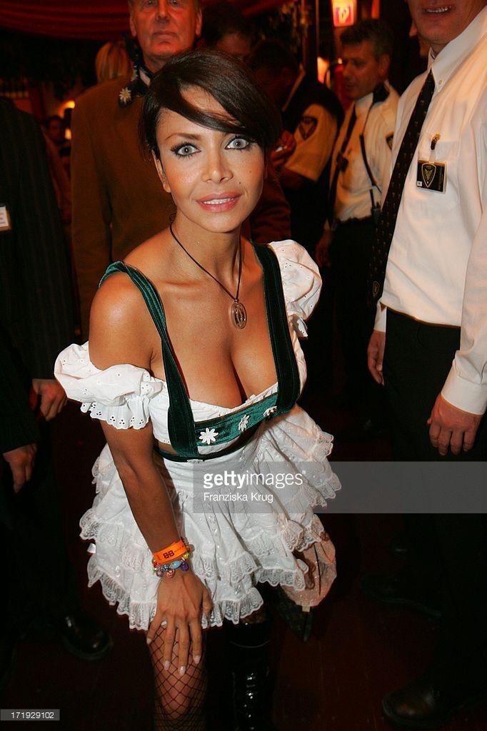 It-Girl Kader Loth Bei Der Becker Wiesn Im Hippodrom Auf ...