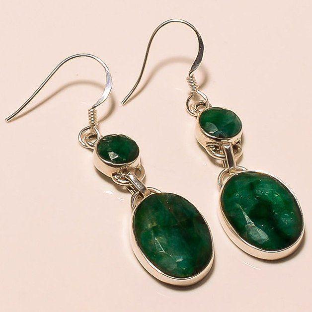 eine schöne Handgemachte 925er Sterling Silber Facettiert grün Smaragd Ohrring. 100% echtes Silber 925 Ohrringe. **AAA Menge** **einzigartige Emerald Ohrring**...