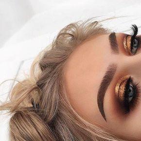 44 Impressionante trucco dorato per gli occhi fumosi con un botto d'oro. #Women # #Golden dorato