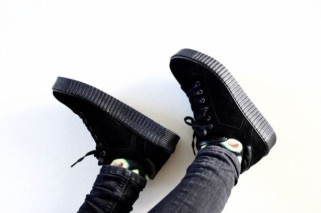 schoenen, damesschoenen, dames sneakers, sneakers, manfield damesschoenen, manfield dames sneakers, manfield sneakers, manfield schoenen, dames schoenen, manfield, creepers, sneakers, manfield creepers, dames creepers, zwarte creepers, gesponsord, review, dani and mom, daniandmom