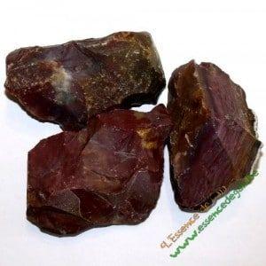 Jaspe rouge brut, une pierre utilisé en lithothérapie pour ses propriétés énérgétique voir www.pierres-lithotherapie.com/jaspe-rouge-proprietes