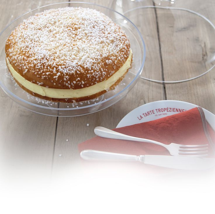 The authentic Tarte Tropézienne is a mixture of two smooth creams and an indulgent brioche, sprinkled generously with sugar.