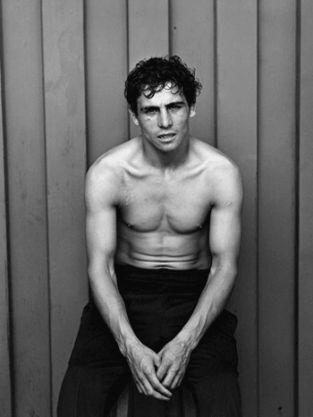 La fotografa chilena Paz Errazuriz captando la mirada apagada de boxeador de tercera