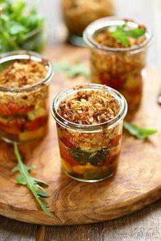 Crumble de tomates et de courgettes