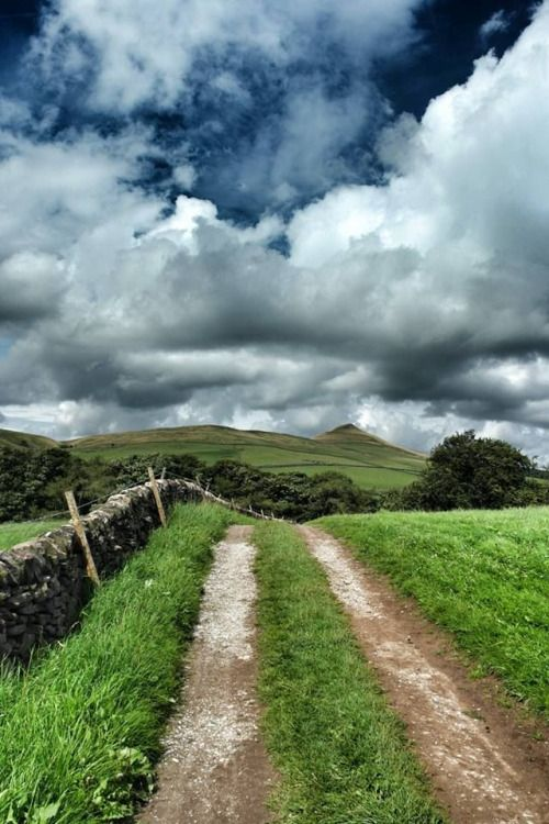 Peak District, towards Shuttingslow,Derbyshire,England by Gm8ty Photography