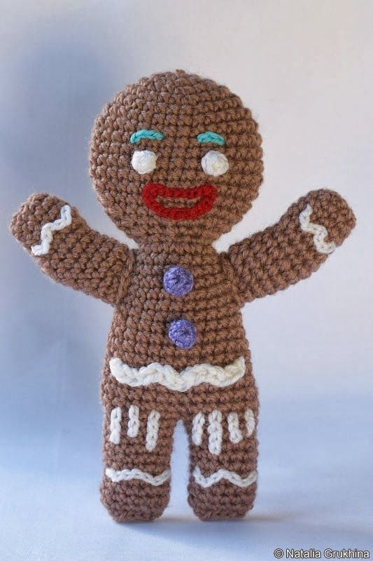 Christmas Gingerbread Man Knitting Pattern : 500 best Christmas crochet 1 images on Pinterest