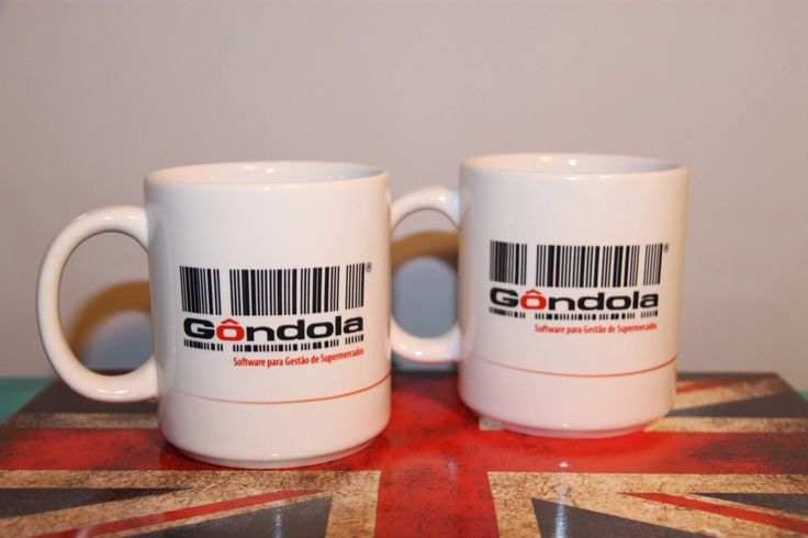 Caneca personalizada com a logomarca da empresa. Substitua os copos plásticos por cerâmica.