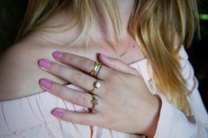 Michelle Albrechtsen, 23 år, modeblogger med kærlighed for accessories og de gode gode ting i livet.