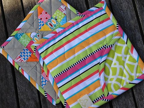 pot holder...love the pocket for your hand!