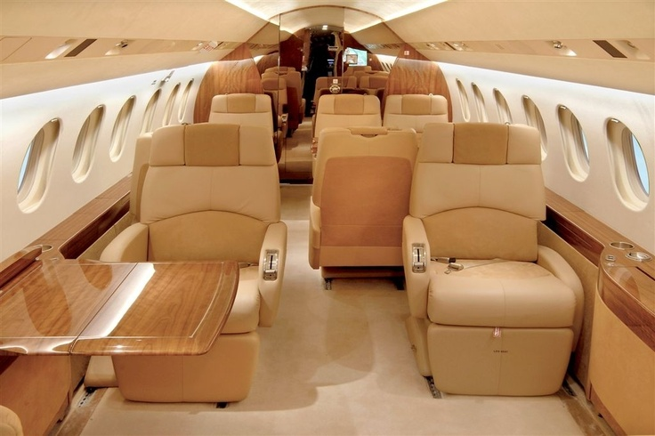 Interior of Falcon 900