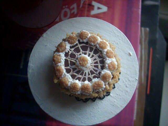 Miniature walnut cake:)