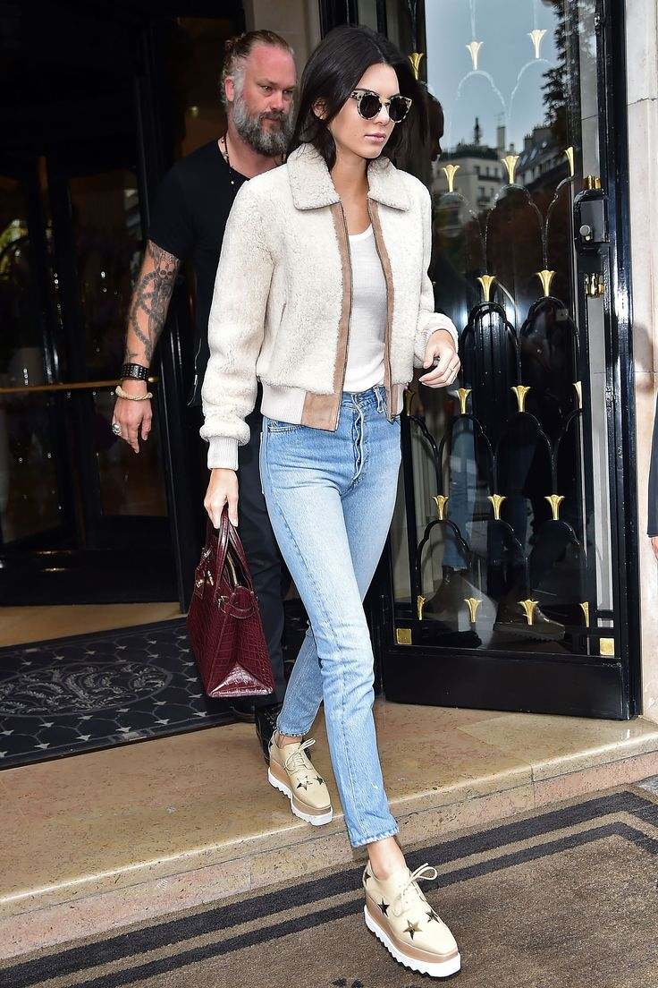 Kendall Jenner in Paris on Oct. 5, 2015. - Cosmopolitan.com