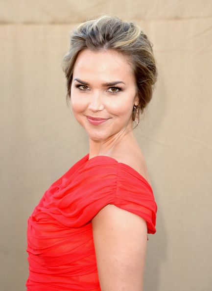 Arielle Kebbel Attends TCA's All Stars Party http://sulia.com/channel/vampire-diaries/f/15361bcc-4078-48ba-9be9-9870240c295f/?pinner=54575851