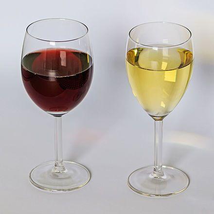 Red and white wine 12-2015.jpg