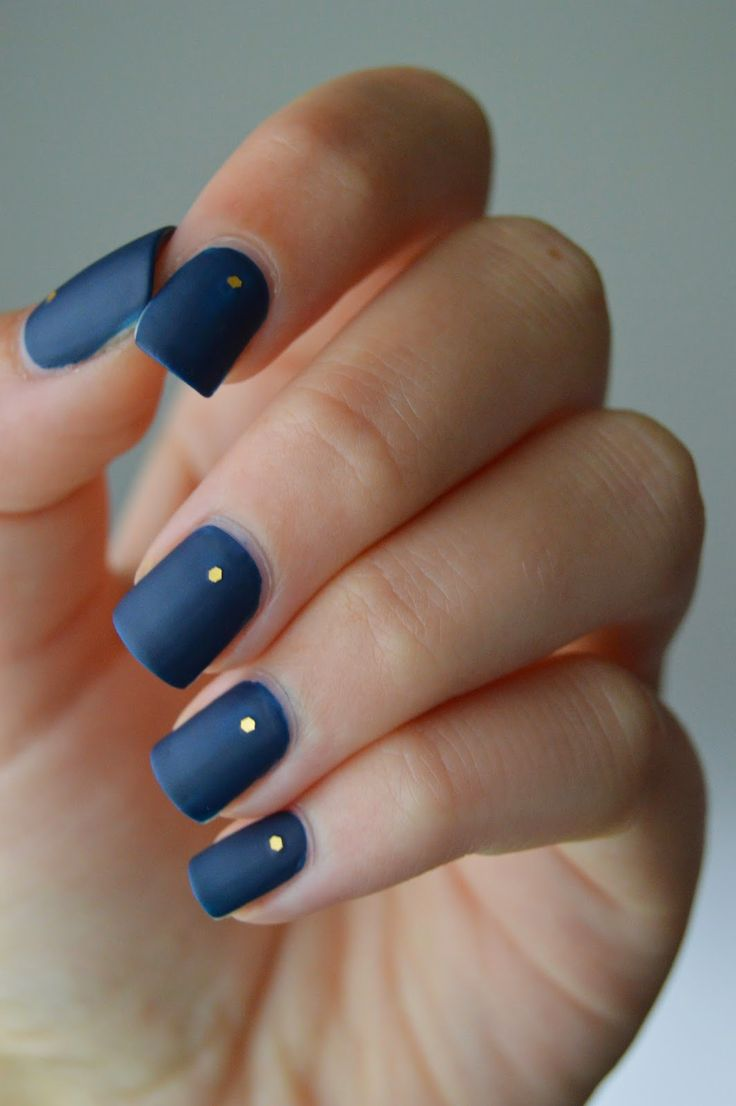 navy blue nail design